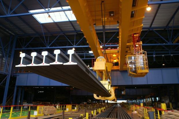 Tata Steel zwiększa produkcję długich szyn