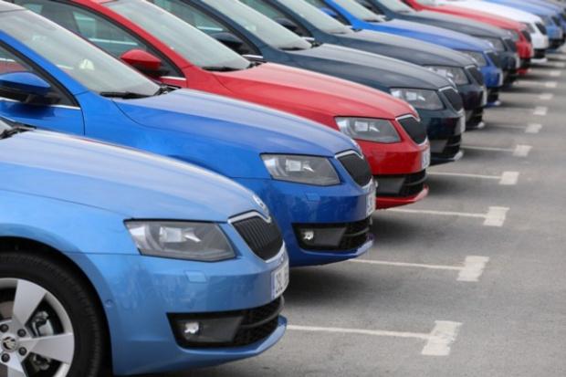 Samochodowe preferencje Polaków bez zmian - na czele zwykle Skoda