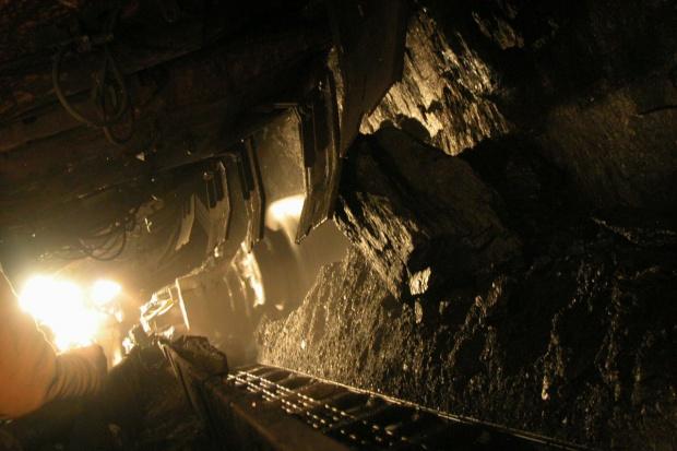 KW: wydobycie w kopalni Piekary tylko w jednej ścianie