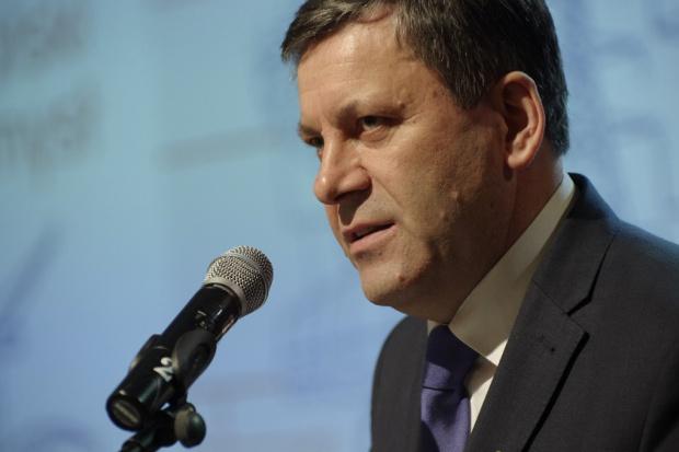 Piechociński proponuje nowe cele polityki klimatyczno-energetycznej UE