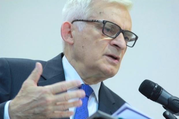 Buzek: UE jest w kryzysie, ale może z niego wyjść