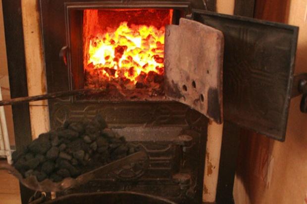 Zakaz używania węgla do ogrzewania w Krakowie przegłosowany