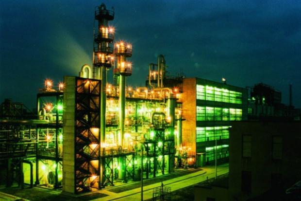 Kompleks petrochemiczny nie zlikwiduje deficytu petrochemikaliów