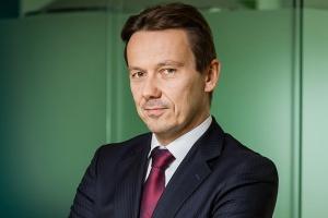 D. Piotrowski, Microsoft: zaciera się granica między biznesem a tradycyjnym konsumentem