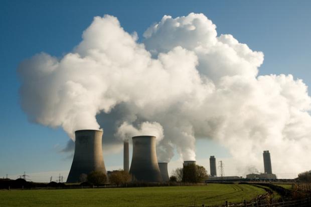Czy politycy przeszkodzą w budowie elektrowni jądrowej?