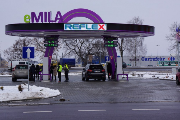 BM Reflex wchodzi na rynek stacji