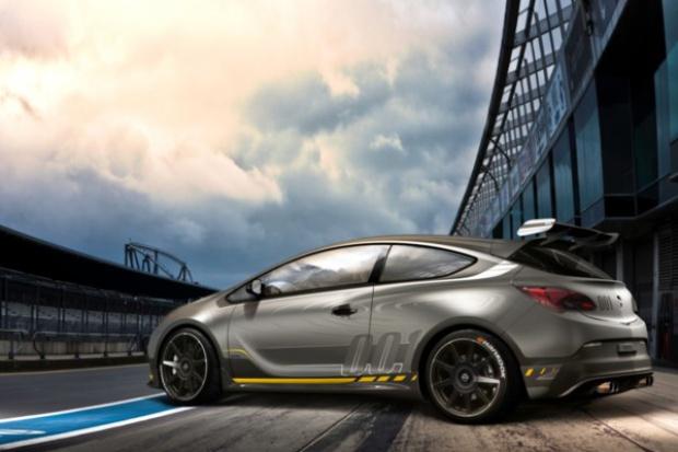 Ekstremalny Opel Astra OPC