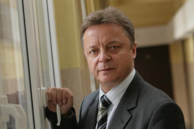 Prof. Marek Szczepański: problemy KW, czyli taniec na wulkanie
