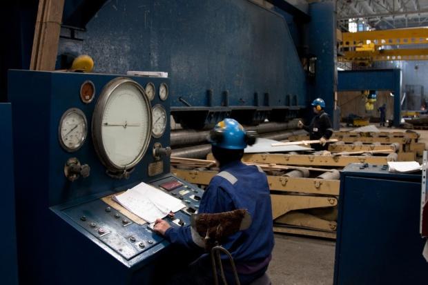 To mit, że gospodarka może prosperować bez przemysłu