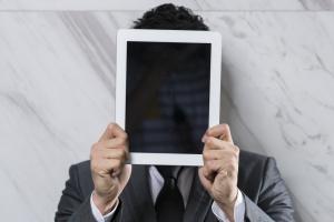 Szkodliwe programy mobilne wciąż się rozwijają
