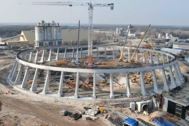 Prawie 1,5 roku budowy nowego bloku w Kozienicach