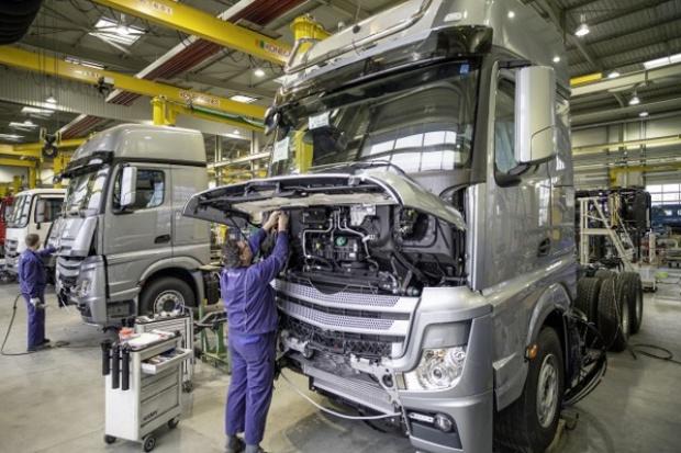 Mercedes-Benz Custom Tailored Trucks: tu powstają wyjątkowe ciężarówki