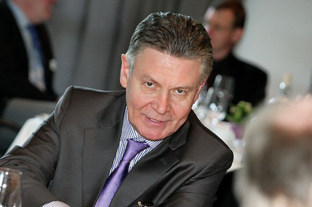 Komisarz UE: już teraz europejskie firmy kupują LNG od USA