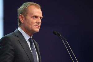 D. Tusk: zbyt duże wsparcie dla OZE zabójcze dla gospodarki
