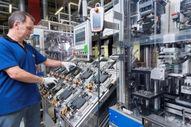 100 000 000 ESP od Boscha