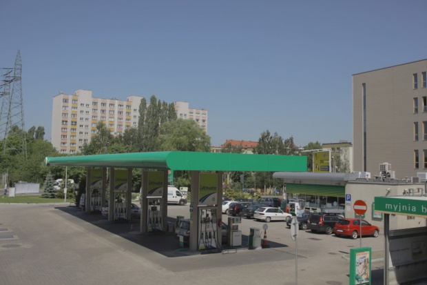 Ceny paliw bez większych zmian