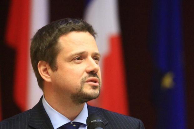 Minister administracji i cyfryzacji: zbudujemy szybką sieć