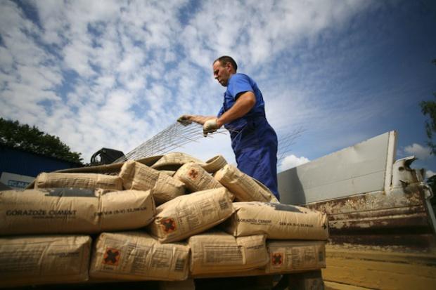 Ogromny wzrost produkcji i sprzedaży cementu
