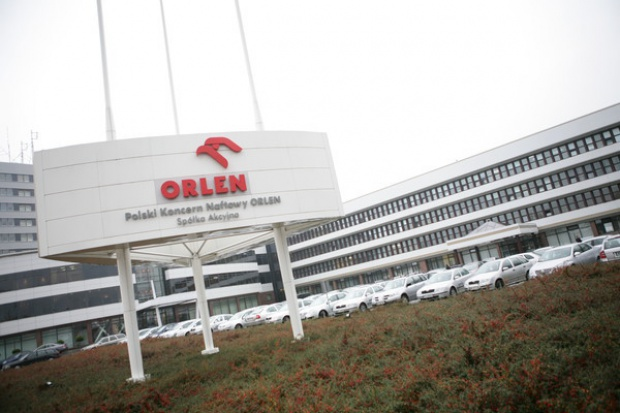 PKN Orlen chce kupić włoskie udziały w Českiej Rafinérskiéj