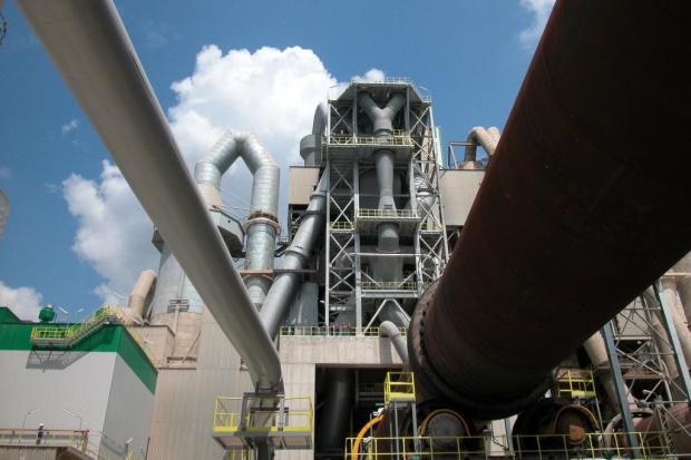 Polskie cementownie, czołowe w Europie, zagrożone