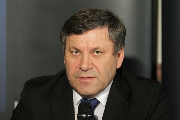 Piechociński: terminal LNG ruszy na przełomie maja i czerwca 2015 r.