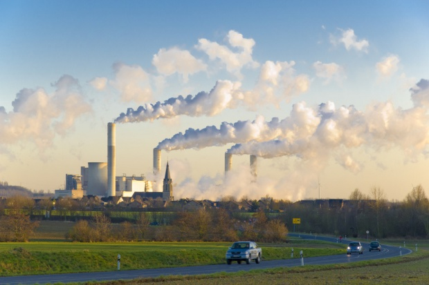 Duży wzrost gospodarczy UE i duży spadek emisji CO2