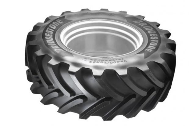 Bridgestone na koła traktorów