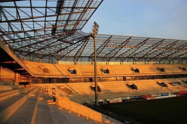 Sąd chroni Polimex przed inwestorem stadionu w Zabrzu