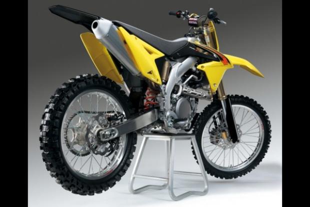 Rzadka okazja: premiera motocrossowego Suzuki