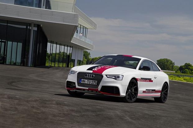 Ważne rozwiązania w Audi RS 5 TDI concept