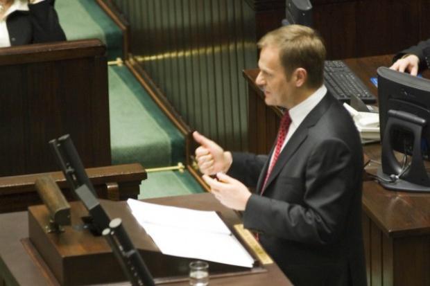 Tusk: kończymy budowę gazoportu, jestem spokojny o Azoty