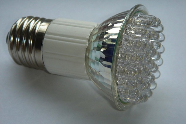 Oświetlenie LED obniży zużycie energii nawet o 70 proc.