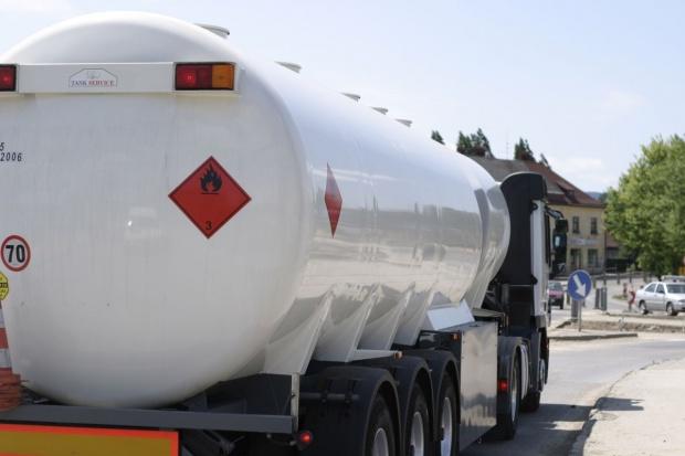 Będzie wyższa kaucja dla dostawców paliw
