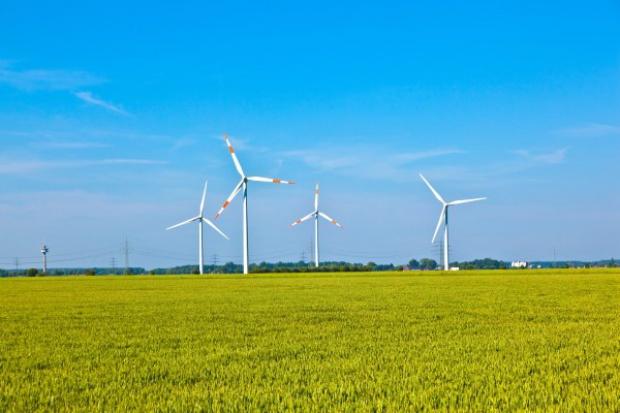 Energa podpisuje większość umów przyłączeniowych OZE w Polsce