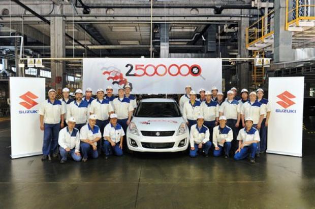 Suzuki nr 2 500 000 z węgierskiej fabryki