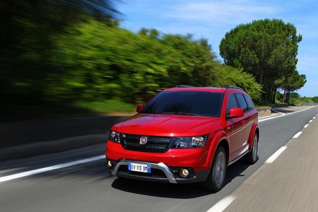 Włoski SUV/MPV w amerykańskim stylu