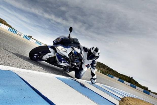 """BMW Motorrad: pierwszy """"zakrętowy"""" system ABS"""