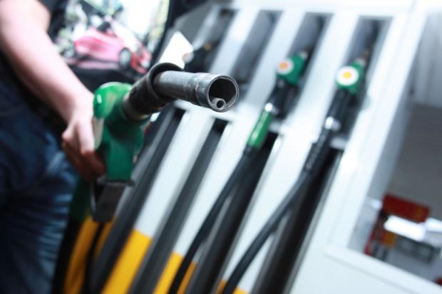 Wyjątkowo niska marża na benzynie
