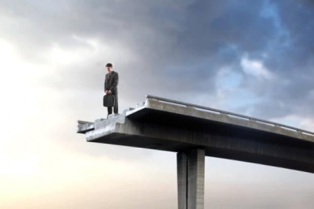 Upadłości firm mniej, choć produkcja i popyt poniżej oczekiwań