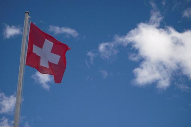 Szwajcaria nie zamierza zastosować unijnych sankcji wobec Rosji