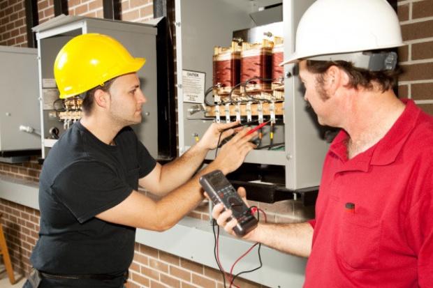 Energetyka: branża, która będzie zatrudniać i dobrze płacić