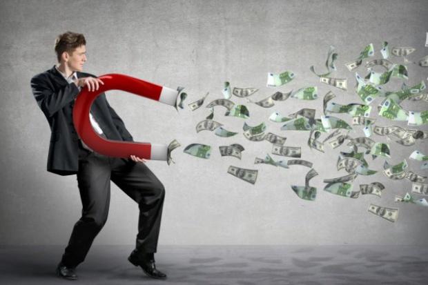 Walka z praniem brudnych pieniędzy w Polsce: para idzie w gwizdek