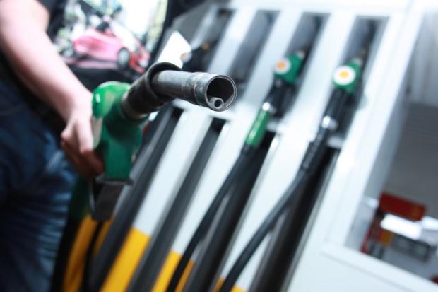 Stagnacja na rynku paliw w pierwszym półroczu