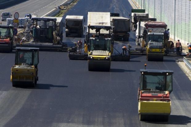 MIR: priorytetem inwestycje kolejowe i drogowe