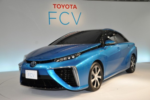 "Toyota z ""glejtem"" na zbiorniki wodorowe"