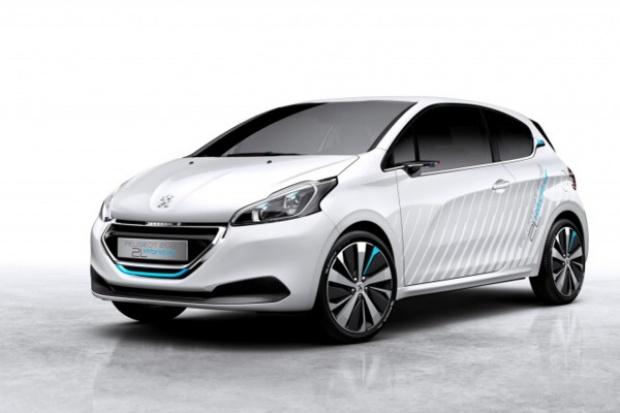 Koncepcja Peugeota: auto benzynowo-....... powietrzne