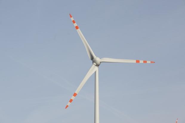 Alstom rozpoczyna budowę farmy wiatrowej 90 MW dla PGE