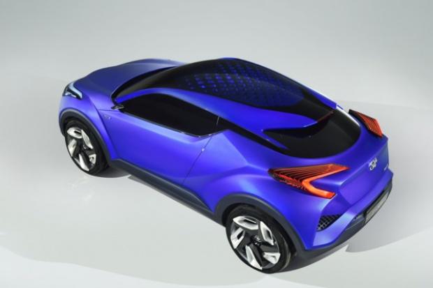 Toyota prezentuje model C-HR