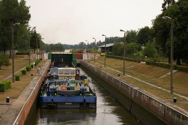 Wrocławski Węzeł Wodny za 373 mln zł dla Skanski i Mota-Engil