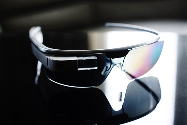 Google Glass - okulary rozszerzonej rzeczywistości - rewolucja w polskim przemyśle